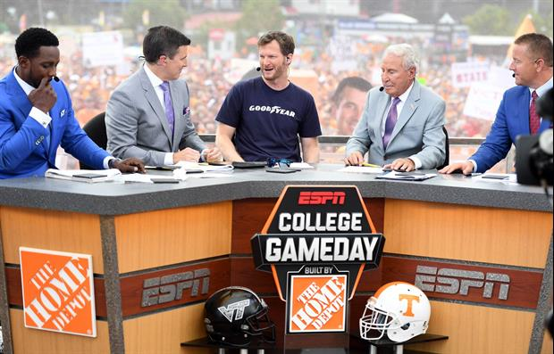 college footvall espn college football gameday