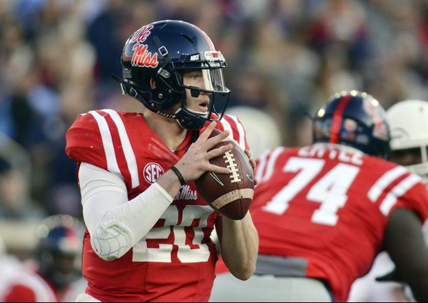 Ole Miss QB Shea Patterson is dating Ole miss student Camille Lamb and she is fine...